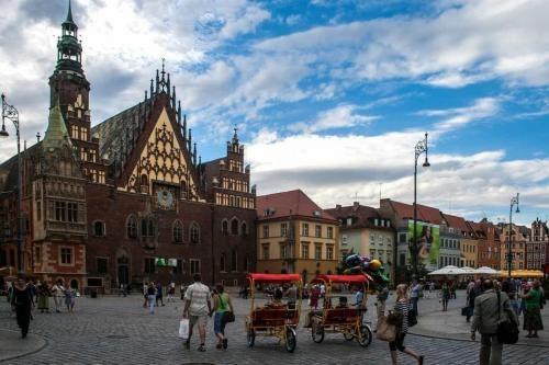 wroclaw_ratusz_i_ryksze