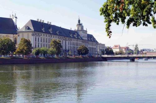 centrum-wroclawia-z-odry